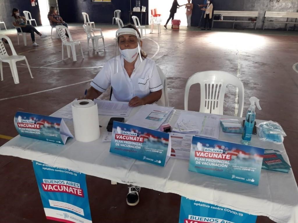 Vacunación Libre, este sábado se hará con los mayores de 40, además d elos turnos de plataforma