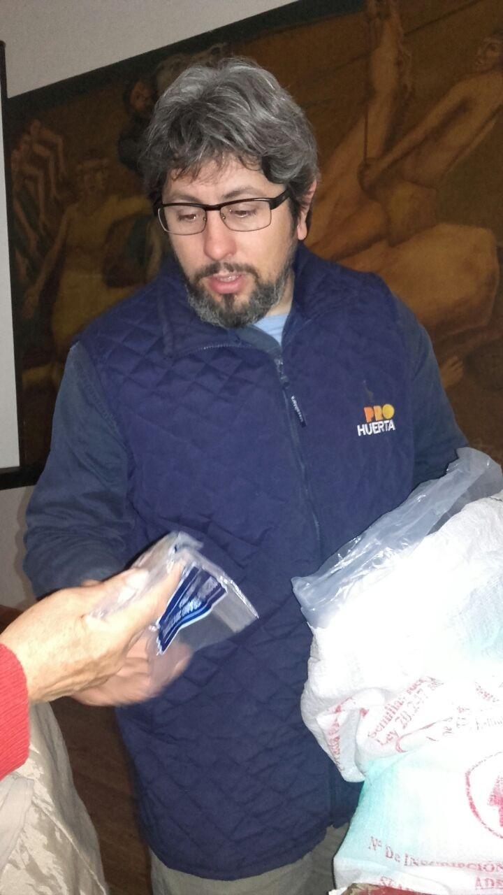 Pro Huerta realizó la entrega de semillas de temporada Primavera-Verano