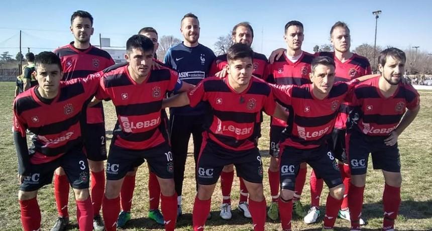 El CAU logró sumar tres puntos en su visita a Mones Cazón