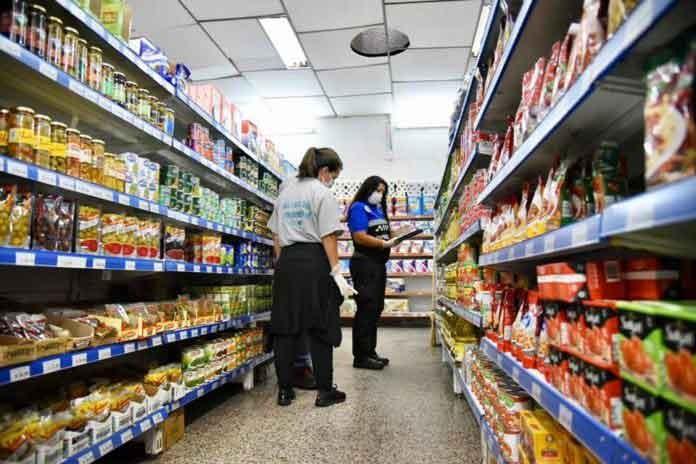 Extienden los precios máximos para alimentos, bebidas y artículos de limpieza