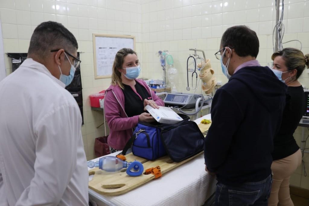 El doctor Carlos Casas Castro valoró los avances del hospital de Pirovano, con la incorporación de la nueva ambulancia y el shock Room