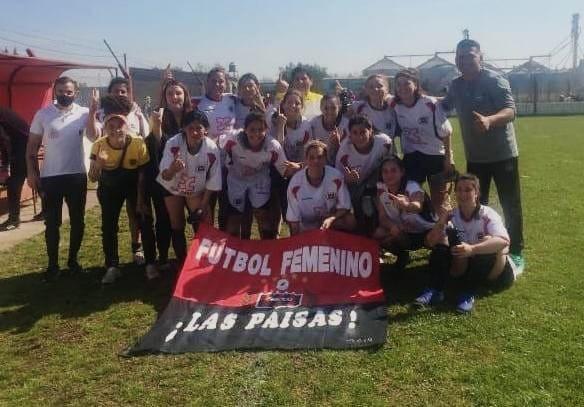 """""""Las Paisas"""" ganaron en el inicio del primer torneo de fútbol femenino de la liga bolivarense"""