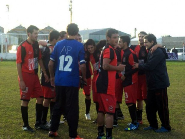 Atlético cayó de local ante San Martín