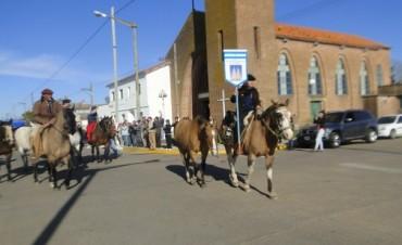 El segundo grupo de gauchos peregrinos camino a Luján