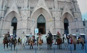 Llegaron los peregrinos urdampilletenses a Luján