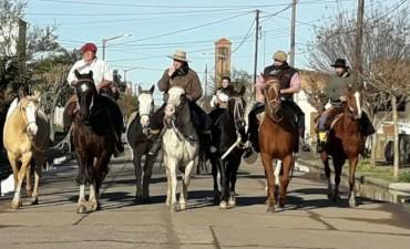 Gauchos Peregrinos II: Partieron este miércoles por la mañana 'De Urdampilleta a Lujan'
