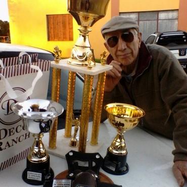 Alfredo Gualdieri fue reconocido por sus 52 años presente con animales en la exposición de Pehuajo