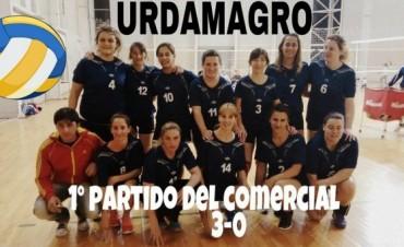 Voley: Las jovenes de 'Urdamagro' ganaron el primer partido del Comercial de Vóley femenino