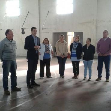 Bucca presentó lo que serán las refacciones del Gimnasio Municipal