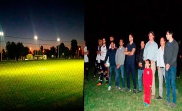 Se inauguró la iluminación en la cancha del Club Agrario