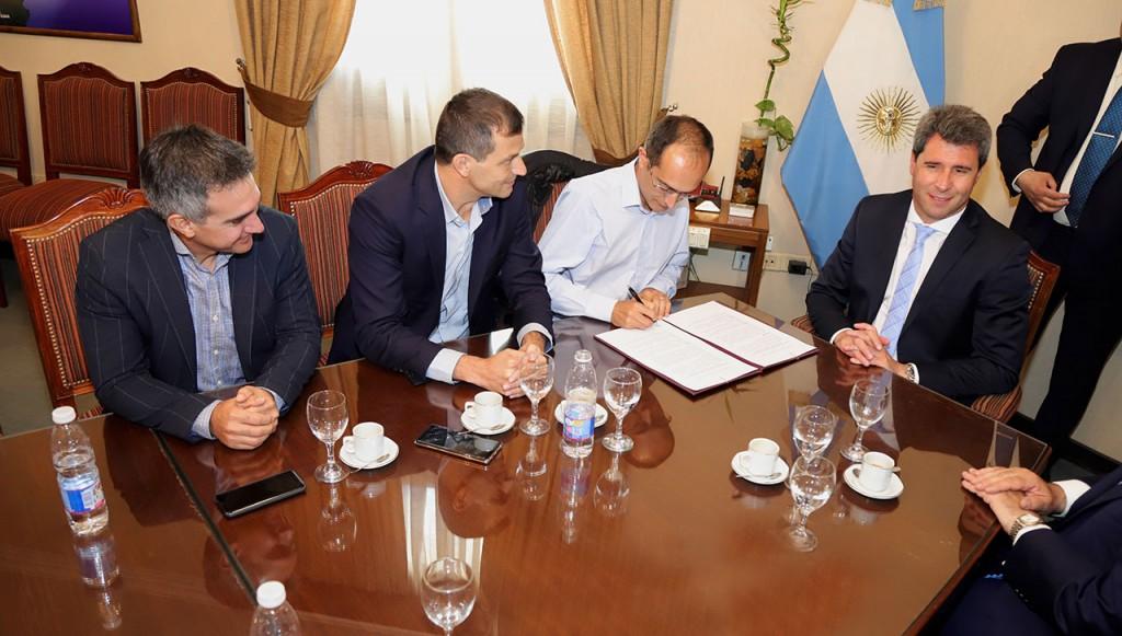 La Ciudad de San Juan y Bolívar firmaron un convenio para participar en la 20º edición de la Maratón Dino Hugo Tinelli