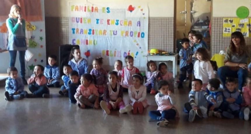 El jardín de infantes N.º 902 tuvo su festejo del día de la familia
