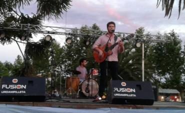 Hernán Caraballo presente en la Fiesta de las Colectividades y en el