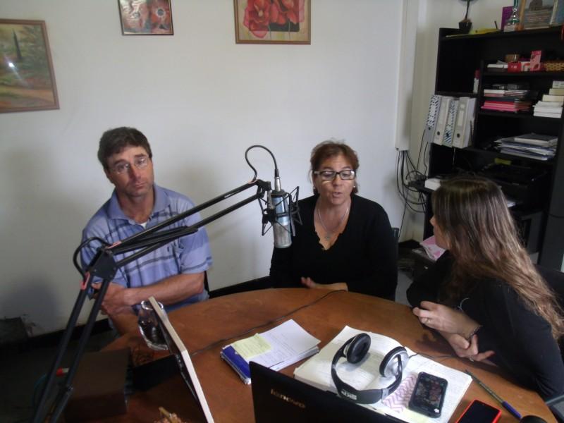 8 de noviembre: 'Día del Empleado Municipal' Radio Urdampilleta saluda a todos ellos en nombre de Eduardo Cabrera y Raquel Moyano