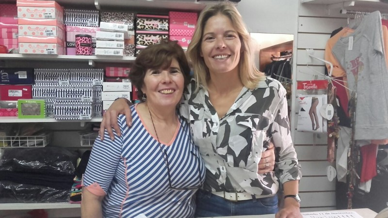 Gran Feria de 'Feminisima-Cuimbae y Calzados F y V' en el Club Atlético