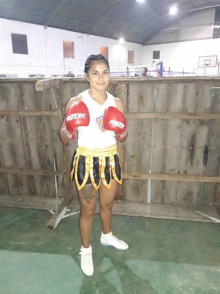 Festival de Box en Pirovano: Eduardo Paredes, el púgil local sorprendió ganando por nocaut