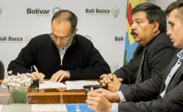 Marcos Pisano firmó un convenio con el DNRPA