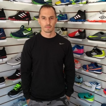 Camisetas de fútbol Daireaux:'Además de la calidad, ofrecemos seriedad para nuestros clientes'