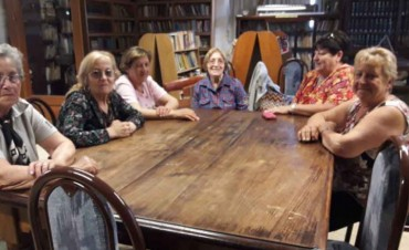 Taller de Tallado en Madera: Hicieron el cierre del año en la Biblioteca