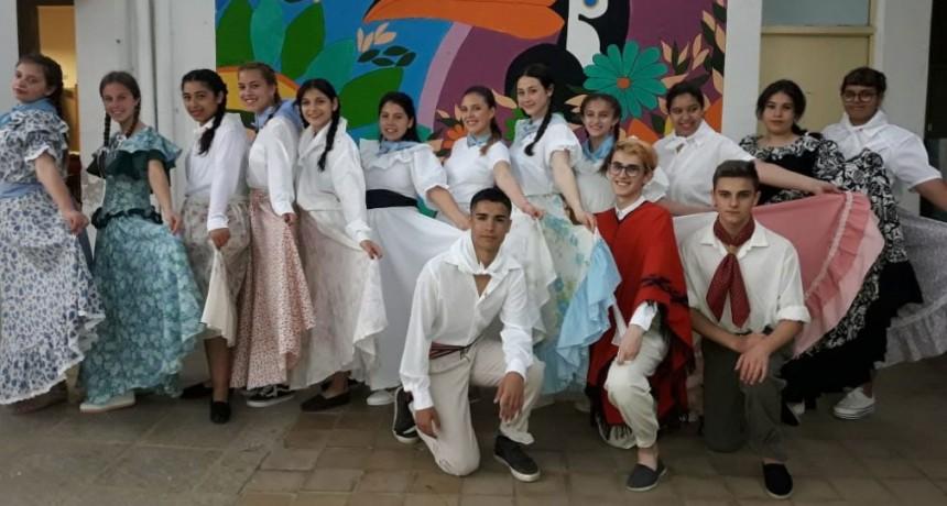 La ESU N.º 3 celebró el Día de la Tradición