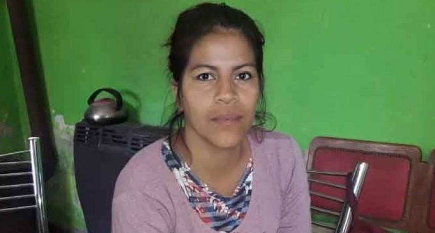Antonella Salazar: 'La gente de Urdampilleta siempre es muy solidaria en estas situaciones'
