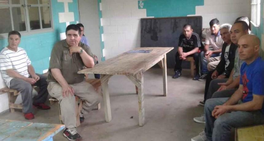 Finalizó el curso de carpintería rural en la Unidad N° 17