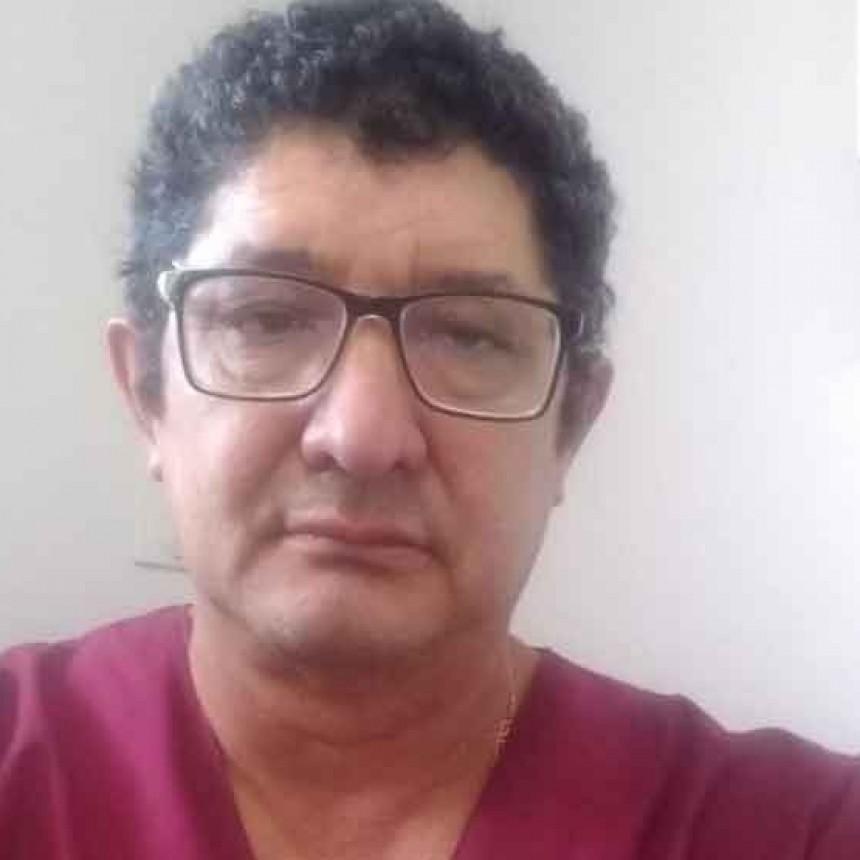 """Doctor Carlos Casas: """"El jueves comencé con los síntomas pero como hacemos burbuja de trabajo en el hospital, nos ha evitado mayores contagios"""""""