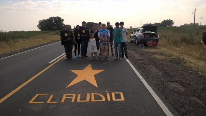 Estrellas Amarillas Daireaux realizó pintadas sobre ruta 65