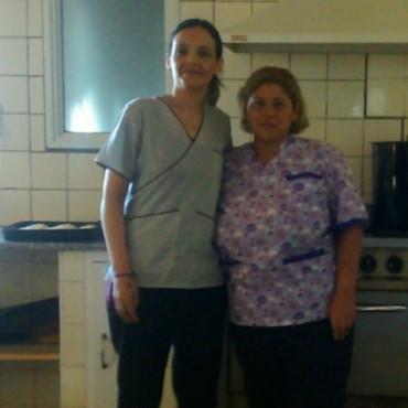 Con la representación de Susana López, RU saluda a todas las mucamas hospitalarias en su día