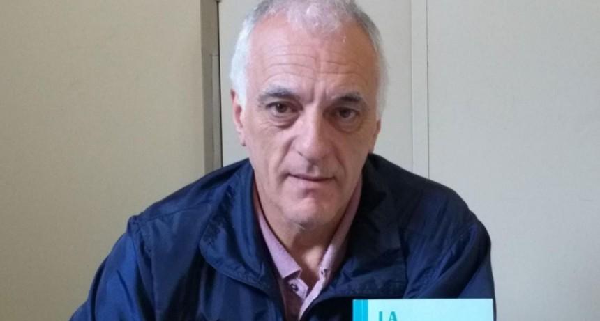 Miguel Gargiulo presentó 'La Memoria de las Manos', libro que recuerda la vida y obra de Jorge Clemente Carón