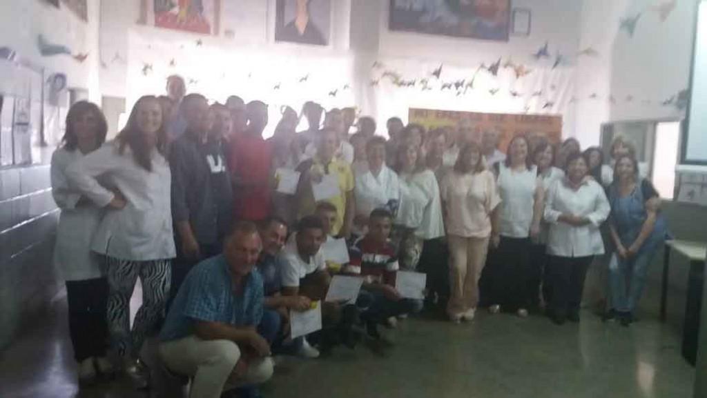 Emotivo cierre de ciclo lectivo del CENS N.º 455 en las cárceles de Sierra Chica