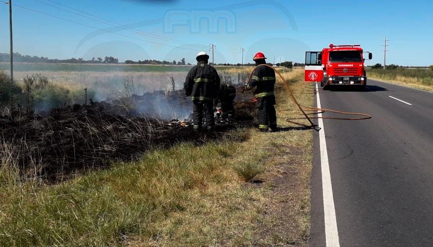 Se incendió el equipaje en una camioneta que trasladaba internos desde Alvear hacia Urdampilleta