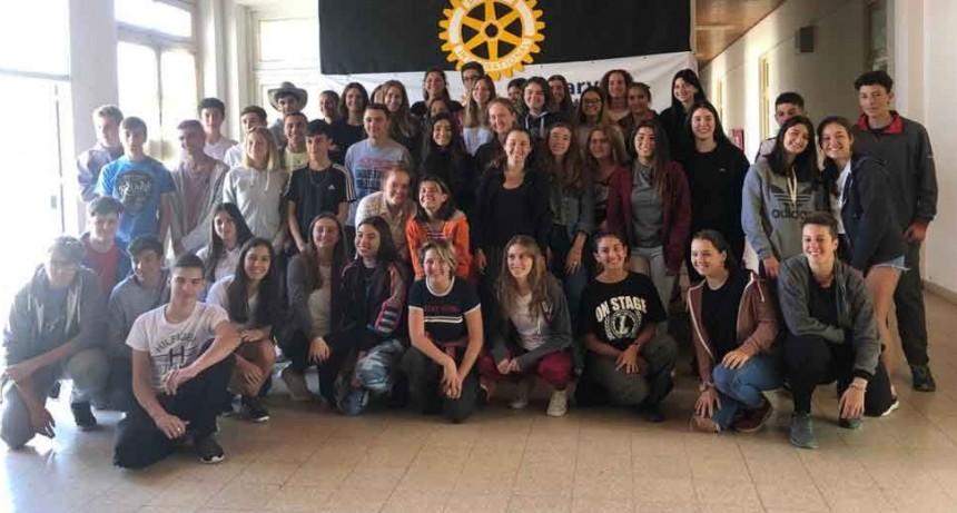 El Rotary Club Urdampilleta fue anfitrión de un gran campamento para jóvenes intercambistas