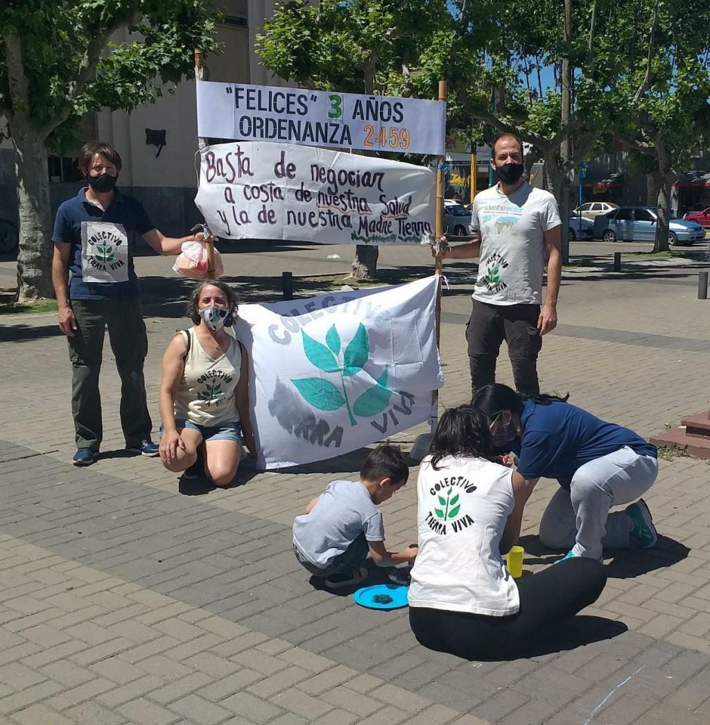 El Colectivo 'Tierra Viva' se reunió en el Centro Cívico