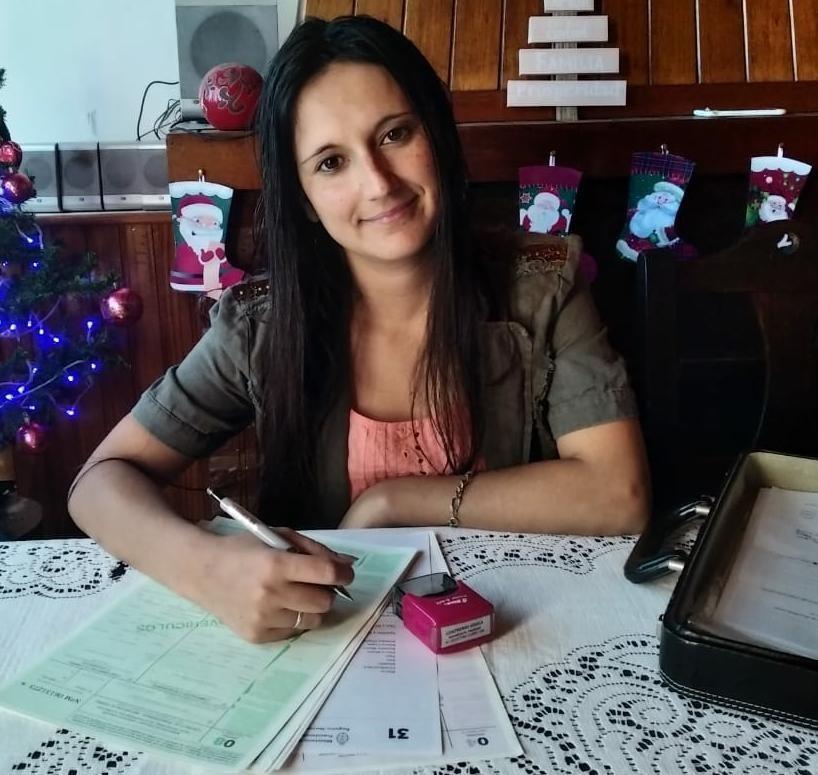 """Gisela Contreras: """"Me costó un poco matricularme porque mi hija era chiquita, pero ahora estoy trabajando muy bien"""""""